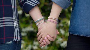 Настоящая дружба между людьми: что это такое, виды, правила, роль в жизни каждого