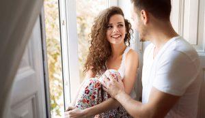 Как девушке целоваться с парнем в первый раз