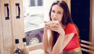 Как привлечь внимание симпатичного парня: секретные уловки и тонкости общения