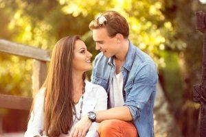 Как проверить девушку на предмет чувств и понять, что она влюблена, но скрывает это?
