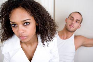 Как себя вести, если муж изменяет: терпеть, прощать или прощаться