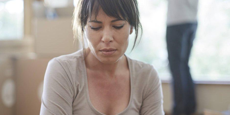Семейное гнездо в опасности: муж не любит, но пока не уходит
