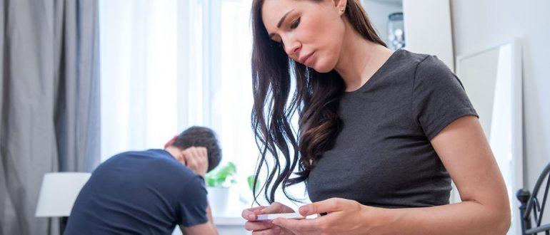 Что делать, если жена активно общается и переписывается с другим мужчиной?