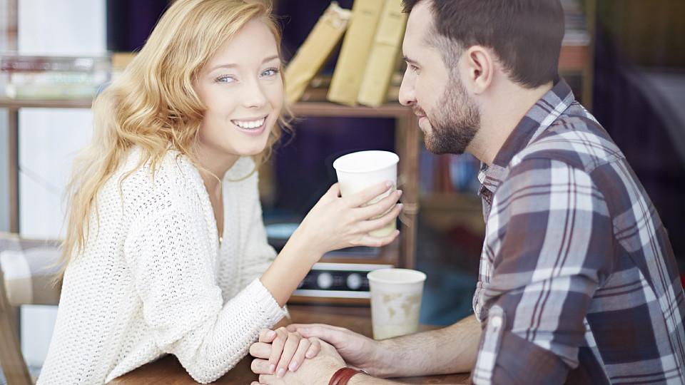 Что, когда и как можно спросить у парня, чтобы он вами заинтересовался?