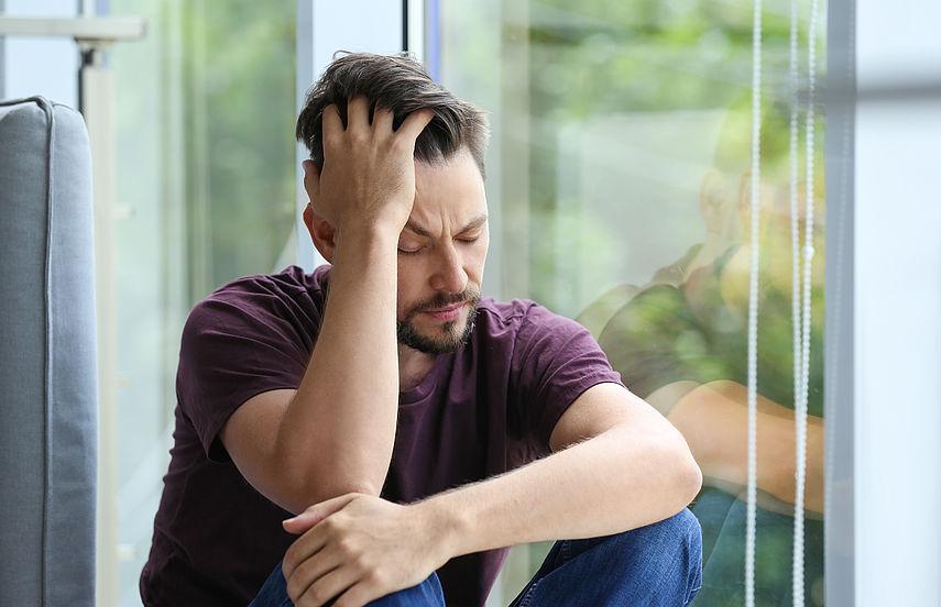 Всё о депрессии у мужчин: причины, признаки, способы решения проблемы