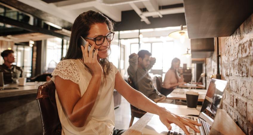 О чём и как поговорить с девушкой по телефону, чтобы её не оттолкнуть?